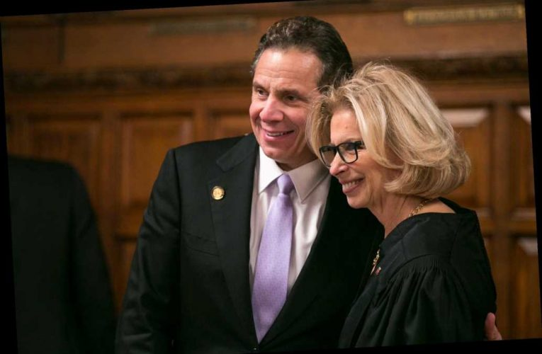 Law firm tapped to probe Gov. Cuomo has possible 'conflict of interest'