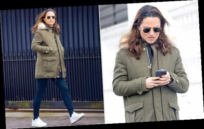 Pippa Middleton steps out in London after Carole confirms pregnancy