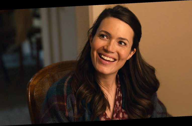 How This Is Us 'Accommodated' for Mandy Moore's Pregnancy Before She Gave Birth to Son August
