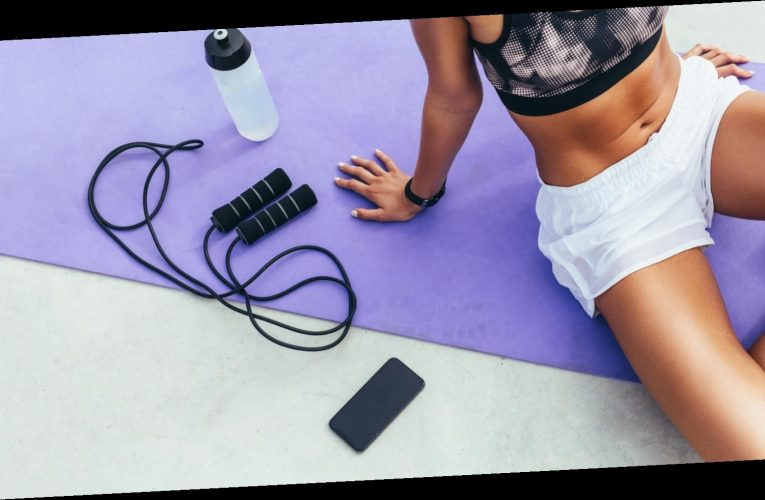 Here's Why Your Home Gym Needs A Jump Rope