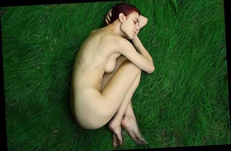 Tallulah Willis posts stunning nude photo