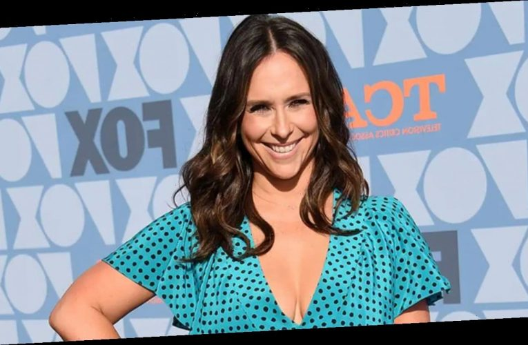 Jennifer Love Hewitt recalls past 'gross' comments about her body, says Britney Spears doc 'hurt my heart'