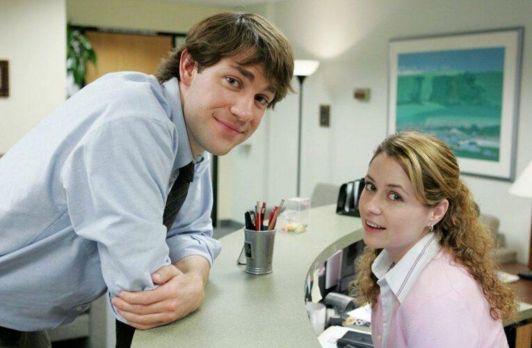 'The Office': Jenna Fischer Hid a Secret Behind Pam's Reception Desk