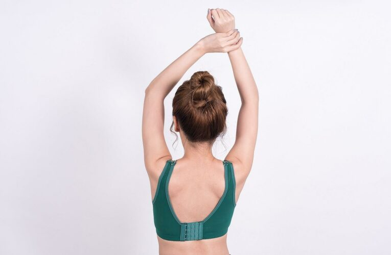 7 of the Best Back-Smoothing Bras You'll Actually Love Wearing