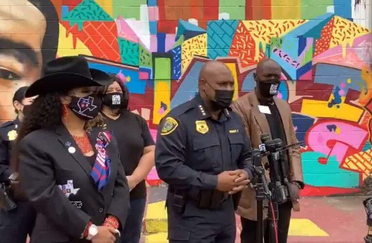 George Floyd mural in Texas defaced with racial slur