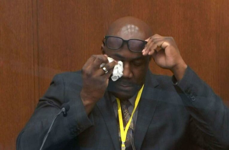 George Floyd's brother sheds tears on the stand