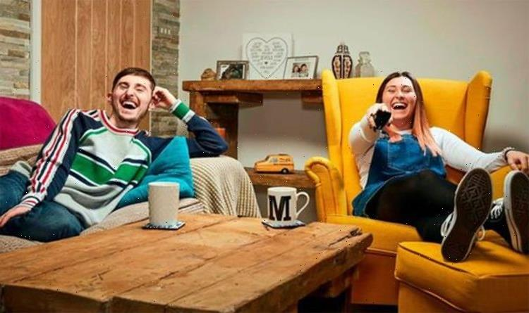 Gogglebox viewers baffled as they're distracted by Pete Sandiford's pants 'Put off dinner'