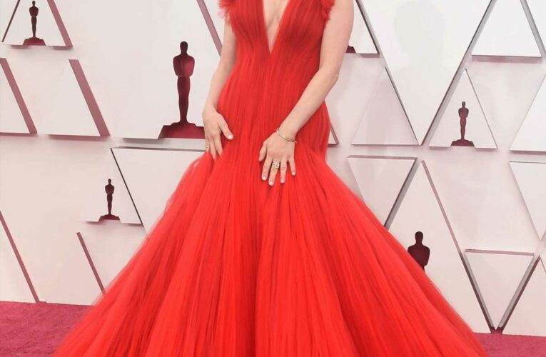 Oscars 2021 Red Carpet: See All The Jaw-Dropping Fashion
