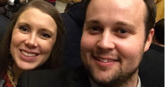 Pregnant Anna Duggar Claps Back at Claim She and Josh Can't 'Afford' 7 Kids