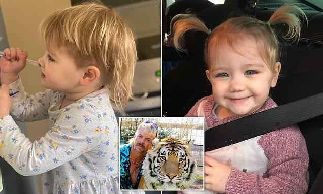 Toddler steals scissors and gives herself blonde mullet