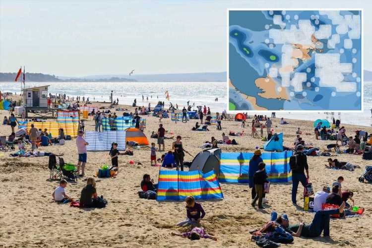 UK weather – Brits get ready for bank holiday heatwave but SNOW expected to hit parts of the UK by next month