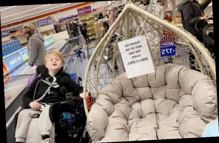 Mum of terminally ill boy desperate for B&M egg chair moved to tears by kindness of store staff