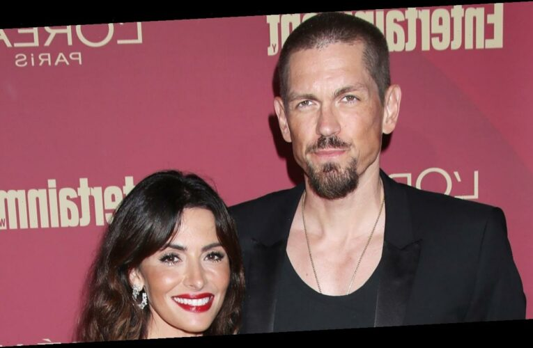 Shameless' Steve Howey and Sarah Shahi Finalize Divorce