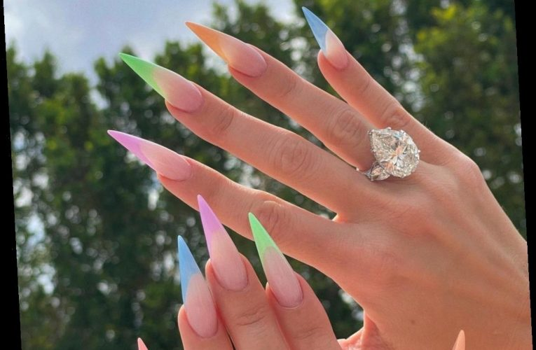 Is this Khloe Kardashian's engagement ring from Tristan Thompson?  It's ugly.