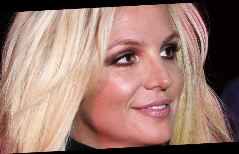 Who Really Runs Britney Spears' Social Media?