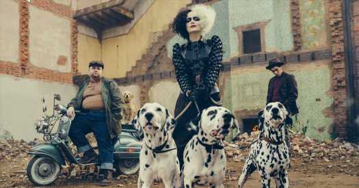 'Cruella' Review: Don't Let's Go to the Dogs Tonight
