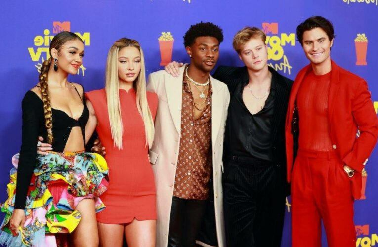 'Outer Banks' Stars Madelyn Cline and Chase Stokes Didn't Mean for This to Happen at the MTV Movie & TV Awards