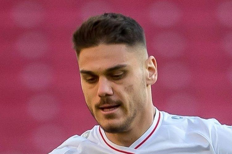 Arsenal in talks with Stuttgart over extending Konstantinos Mavropanos transfer loan deal for whole of next season
