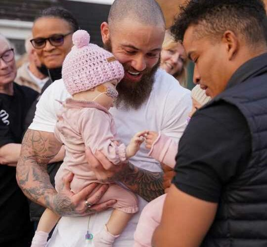 Ashley Cain vows to help kids like baby Azaylia going through health battles in heartbreaking post after her death