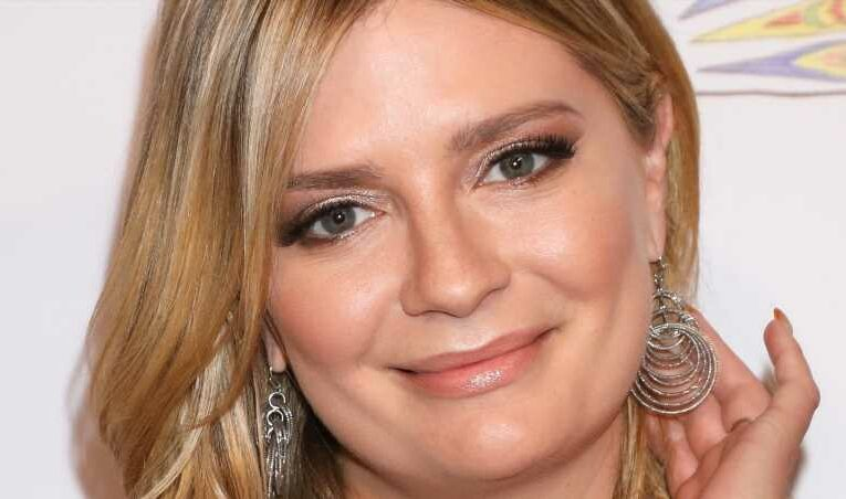 Here's How Much Actress Mischa Barton Is Really Worth