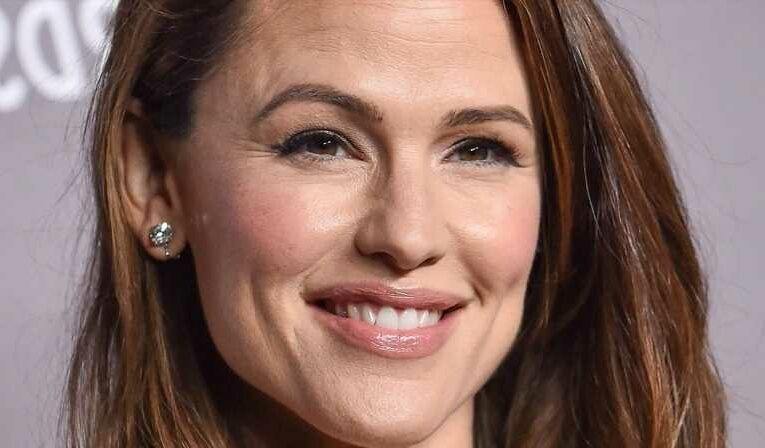 How Jennifer Garner Really Feels About Giving Her Relationship A Second Try