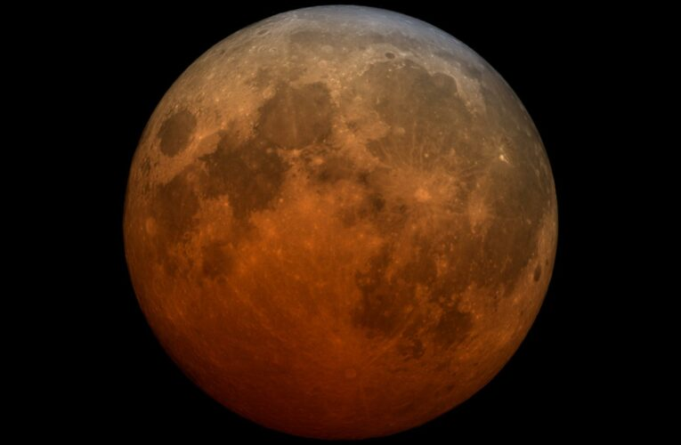 How to watch the 'Super flower blood moon' lunar eclipse