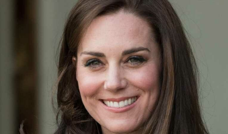 Kate Middleton's Stunning New Necklace Has The Internet Buzzing