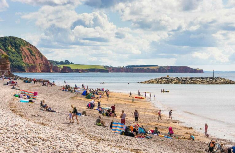 Last-minute UK breaks this bank holiday weekend from £39.50 – as the weather heats up