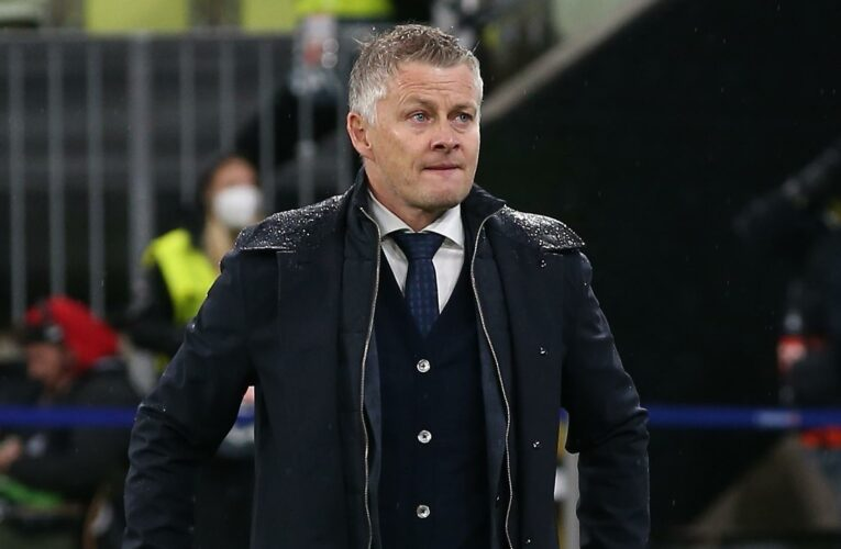 Man Utd boss Ole Gunnar Solskjaer 'set to sign new three-year £27m contract' despite Europa League final flop