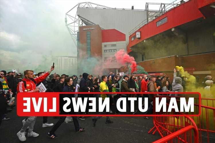 Man Utd fan Old Trafford protests LATEST, Jadon Sancho can leave – Dortmund confirm, Pau Torres transfer updates
