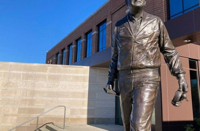 Report on campus doctor raises flags about iconic coach