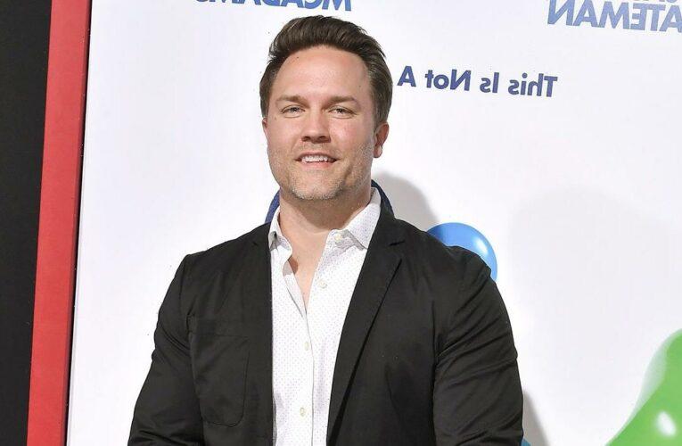 Scott Porter Teases 'Ginny & Georgia' Season 2 Ahead of Cast Reunion