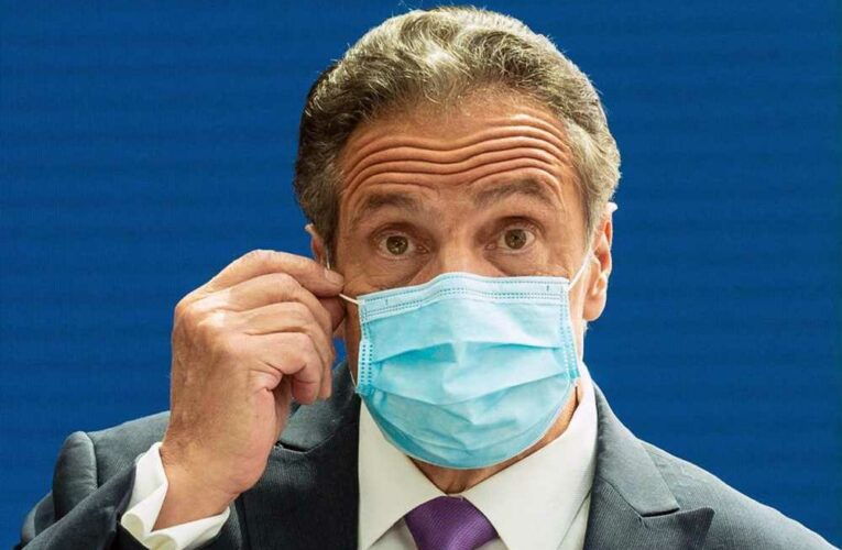 Six NY county execs urge Cuomo to adopt CDC's latest mask guidelines
