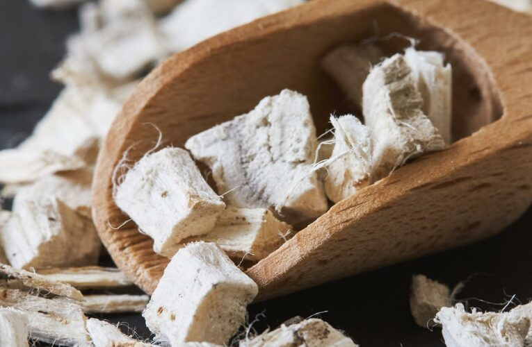Why You Should Be Using Marshmallow Root Extract For Skincare