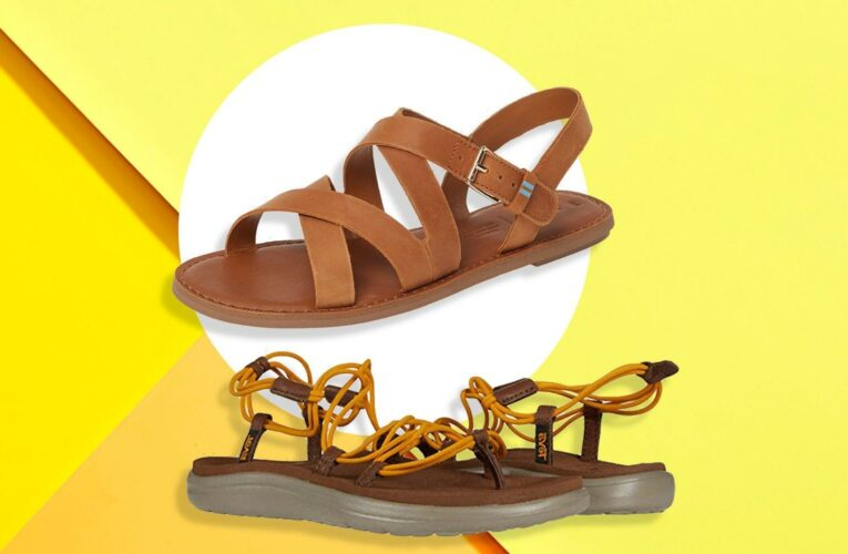 15 Comfortable Walking Sandals That Are Actually Really Cute