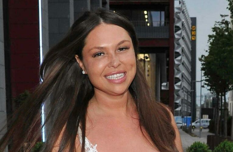 Fran Parman continues to flaunt two stone weight loss as she enjoys lunch with TOWIE pals