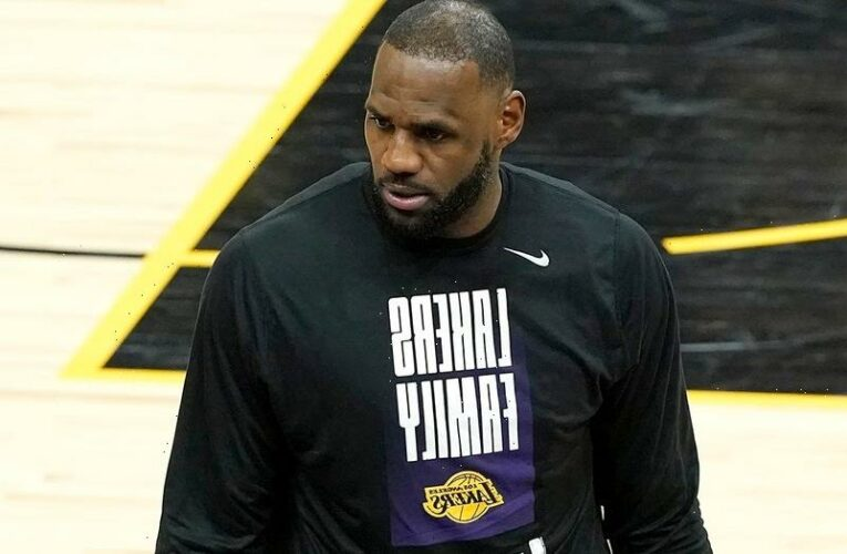 LeBron James leaves Lakers bench early amid blowout loss to Suns; defending champs on brink