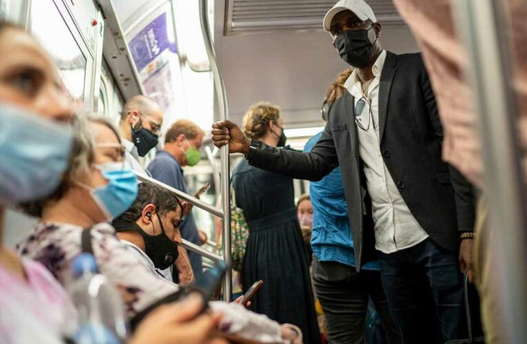 Senate Republicans urge CDC to lift mask mandates on public transit