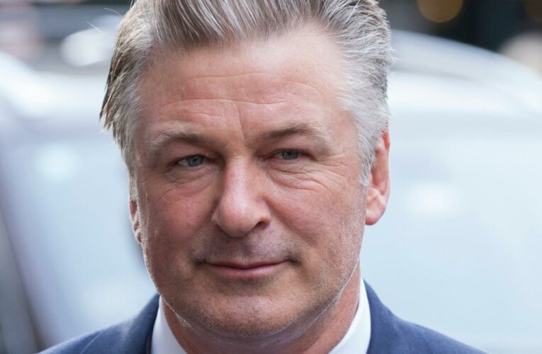 The Truth About Alec Baldwin's Struggle With OCD
