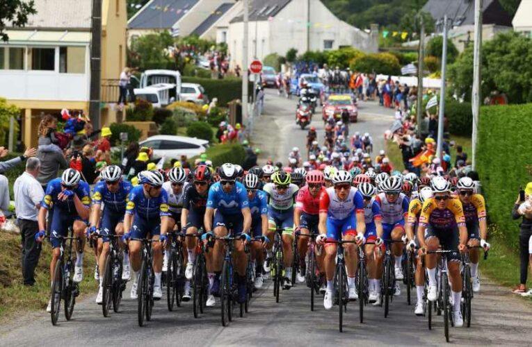 Tour de France 2021: Fan with sign causes major crash; what does 'allez opi-omi' mean?