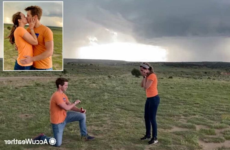Twisted meteorologist couple gets engaged amid 'our first tornado'