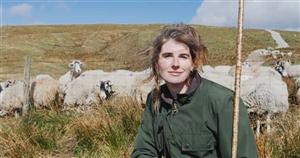 Yorkshire Shepherdess Amanda Owen recalls times she gave birth en route to hospital