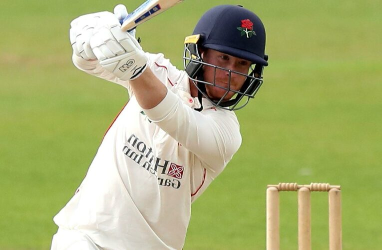Alex Davies to leave Lancashire and join Warwickshire on a three-year deal at the end of the season