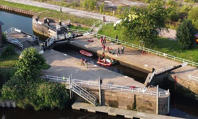 Body of teenager, 15, found in Leeds canal during heatwave