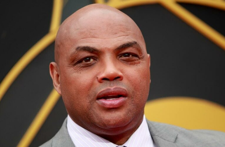 Charles Barkley Says Unvaccinated People Are 'Just A–holes'