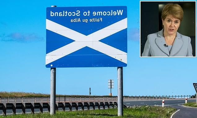 Independent Scotland 'would need to build great wall of Gretna'