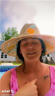 Jenelle Evans: Drunk While Supervising Her Kids In the Pool?