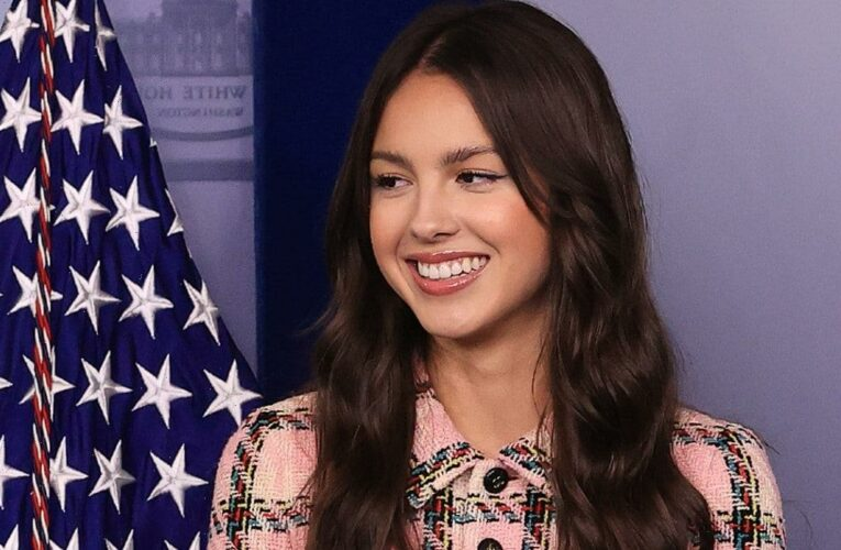 Olivia Rodrigo Drops By the White House to Promote Youth Vaccinations (Video)