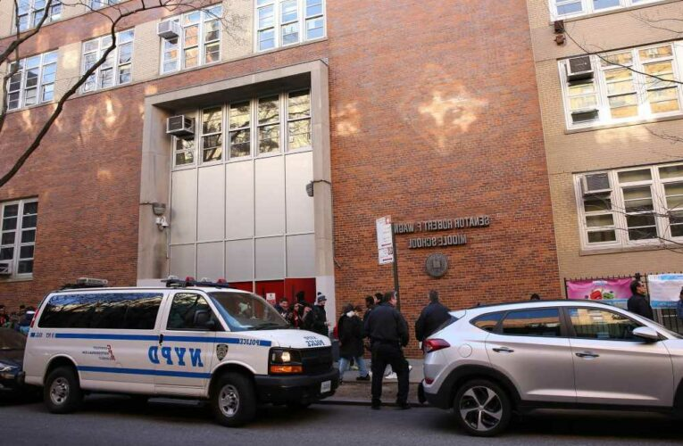 Parents demand NYC middle school bring back honors math classes