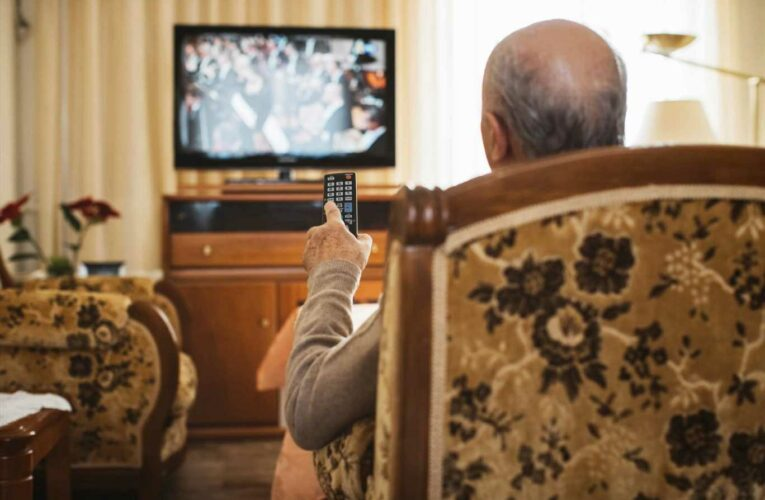 Pensioners face £1,000 fine if they don't get TV licence this week